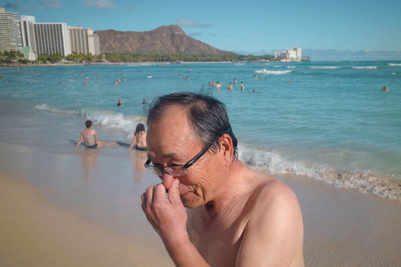 Street Photography and Ricoh GR III-3-Waikiki Hawaii-_T002040-man-itching-nose